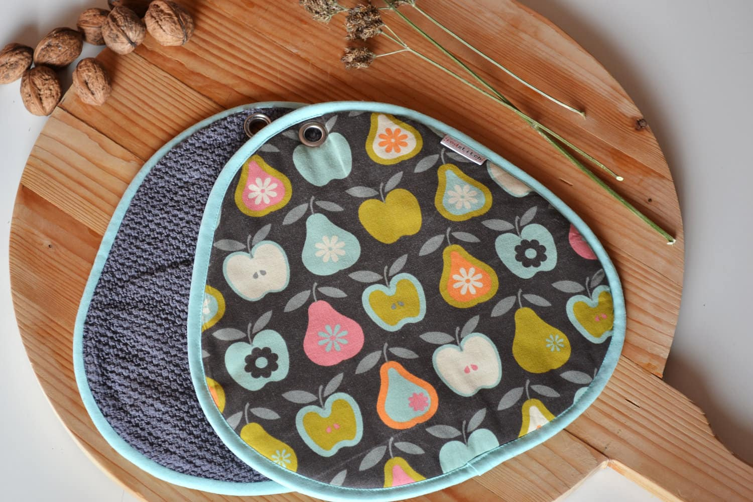 Red Stitch: Super Cute Handmade Potholders from Holland: gallery image 8