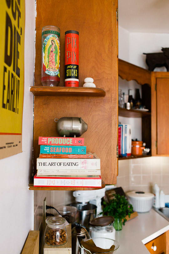 Julie and Andy's Bright, Happy Chicago Kitchen