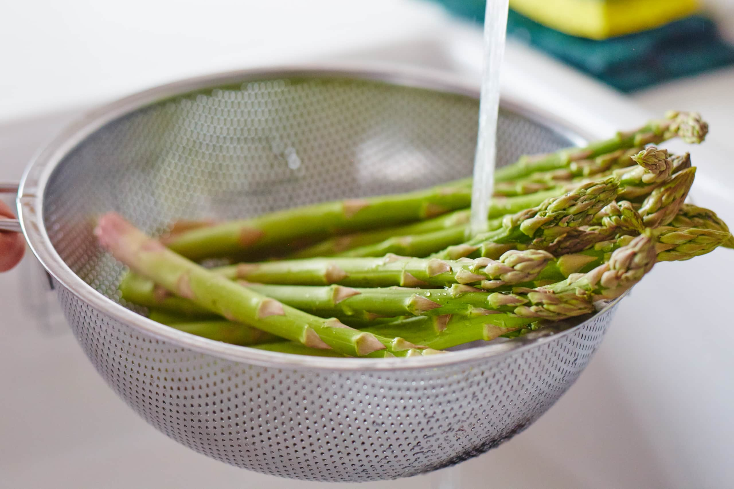 How To Blanch Asparagus: gallery image 2
