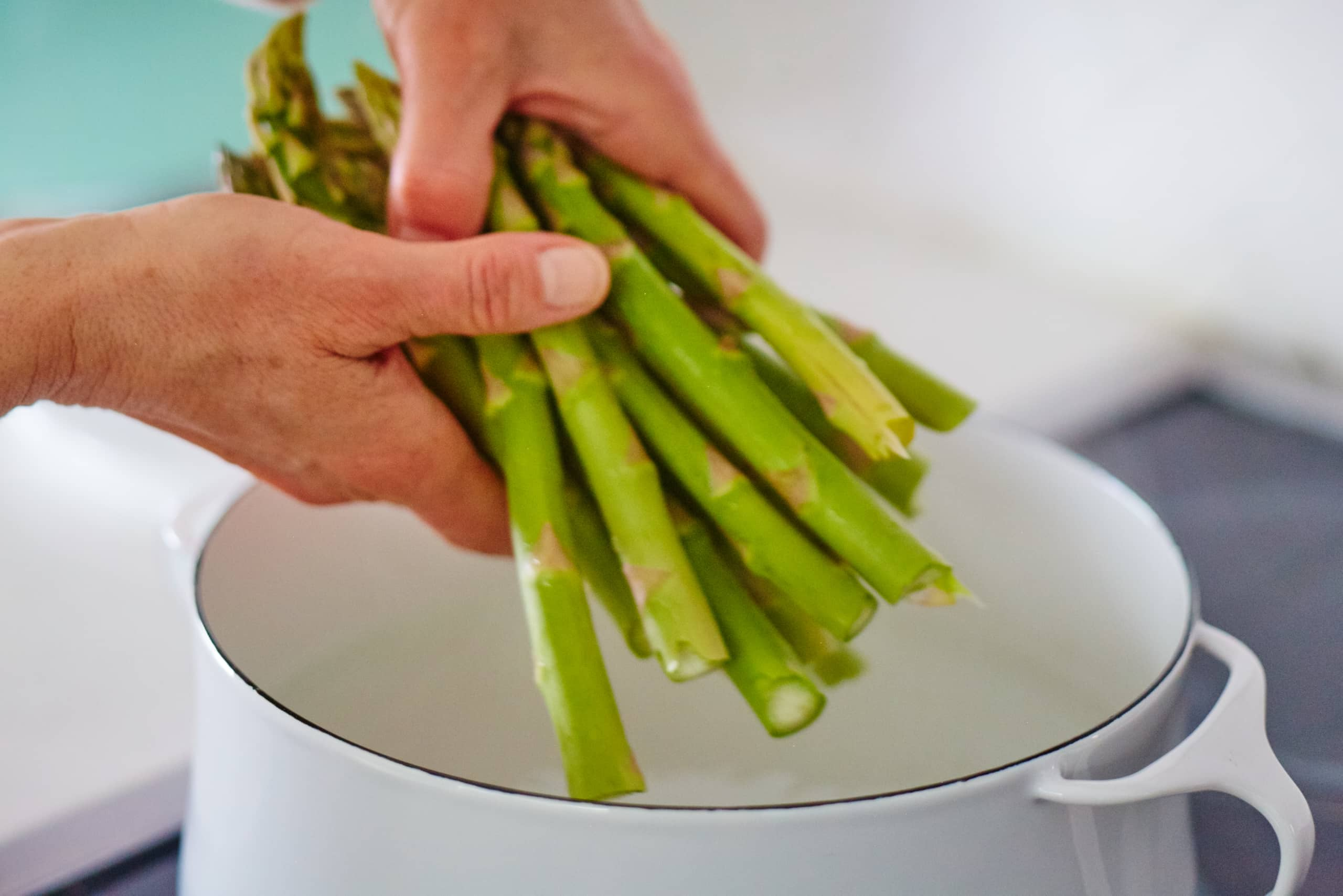 How To Blanch Asparagus: gallery image 4