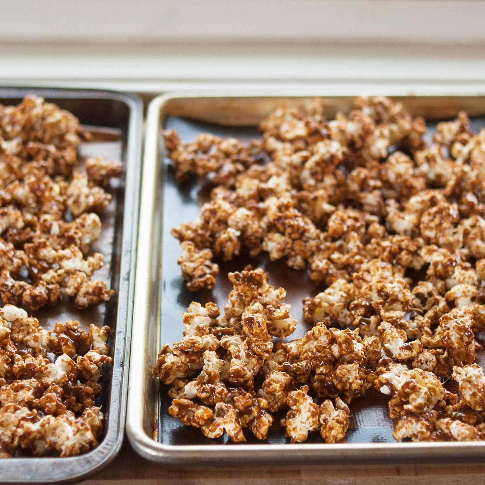 How To Make the Best Caramel Popcorn: gallery image 9