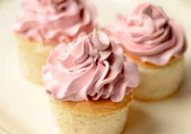Tips for Baking Cupcakes Ahead of Time?