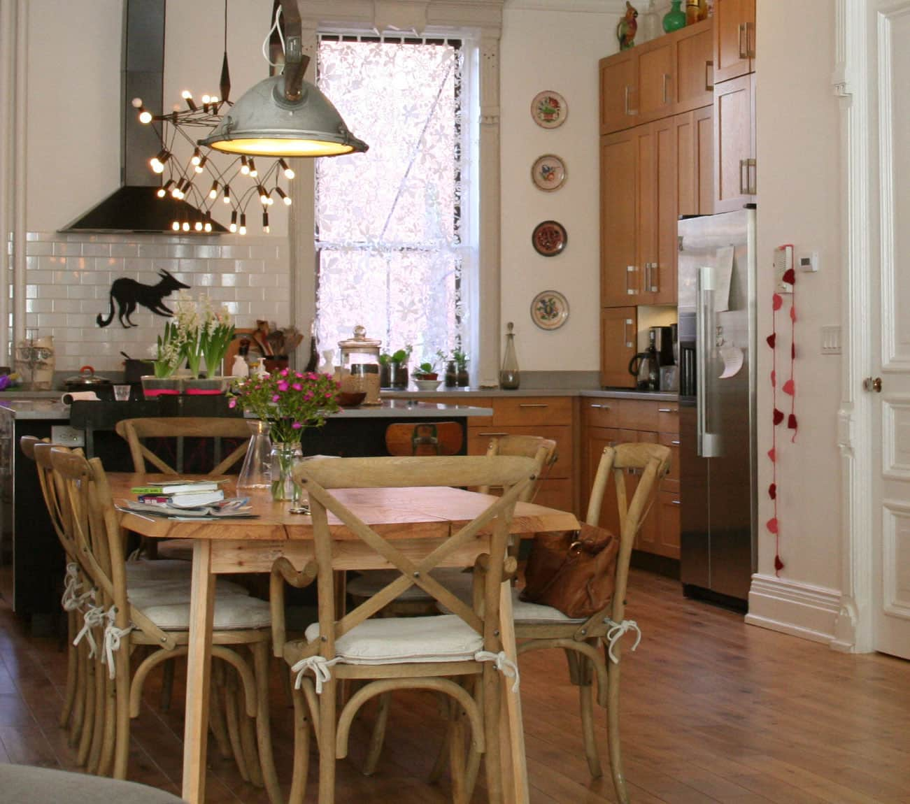 Sophie and Michael's Beautiful 'Discontinued' Oak Kitchen: gallery image 1