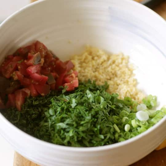 How to Make Tabbouleh Salad with Bulgur, Quinoa, or Cracked Wheat: gallery image 9