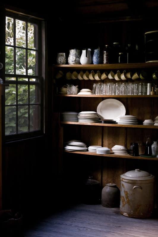 Summer Getaways: Cozy Cabin Kitchens: gallery image 7