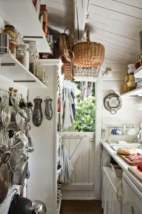 Summer Getaways: Cozy Cabin Kitchens: gallery image 9
