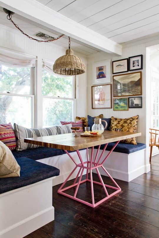 Easy Chic: Wicker Pendant Lights: gallery image 1