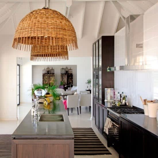 Easy Chic: Wicker Pendant Lights: gallery image 3