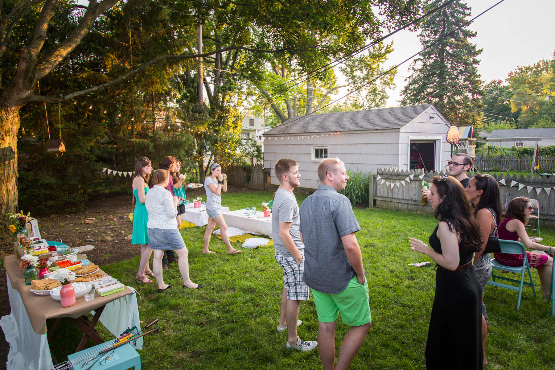 A Backyard S'mores Party: gallery image 31