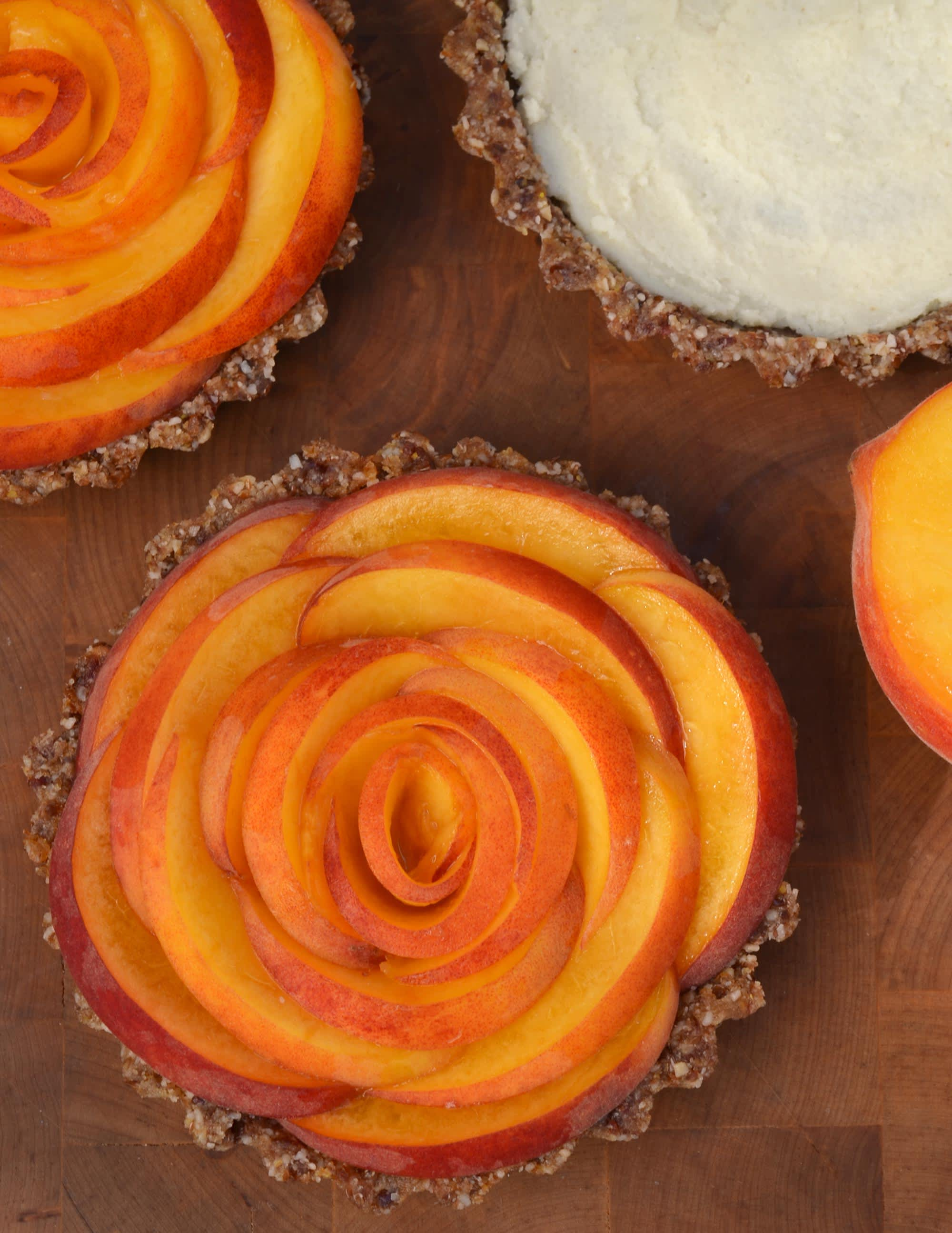 No-Bake Dessert Recipe: Peach Tarts with Ginger and Coconut