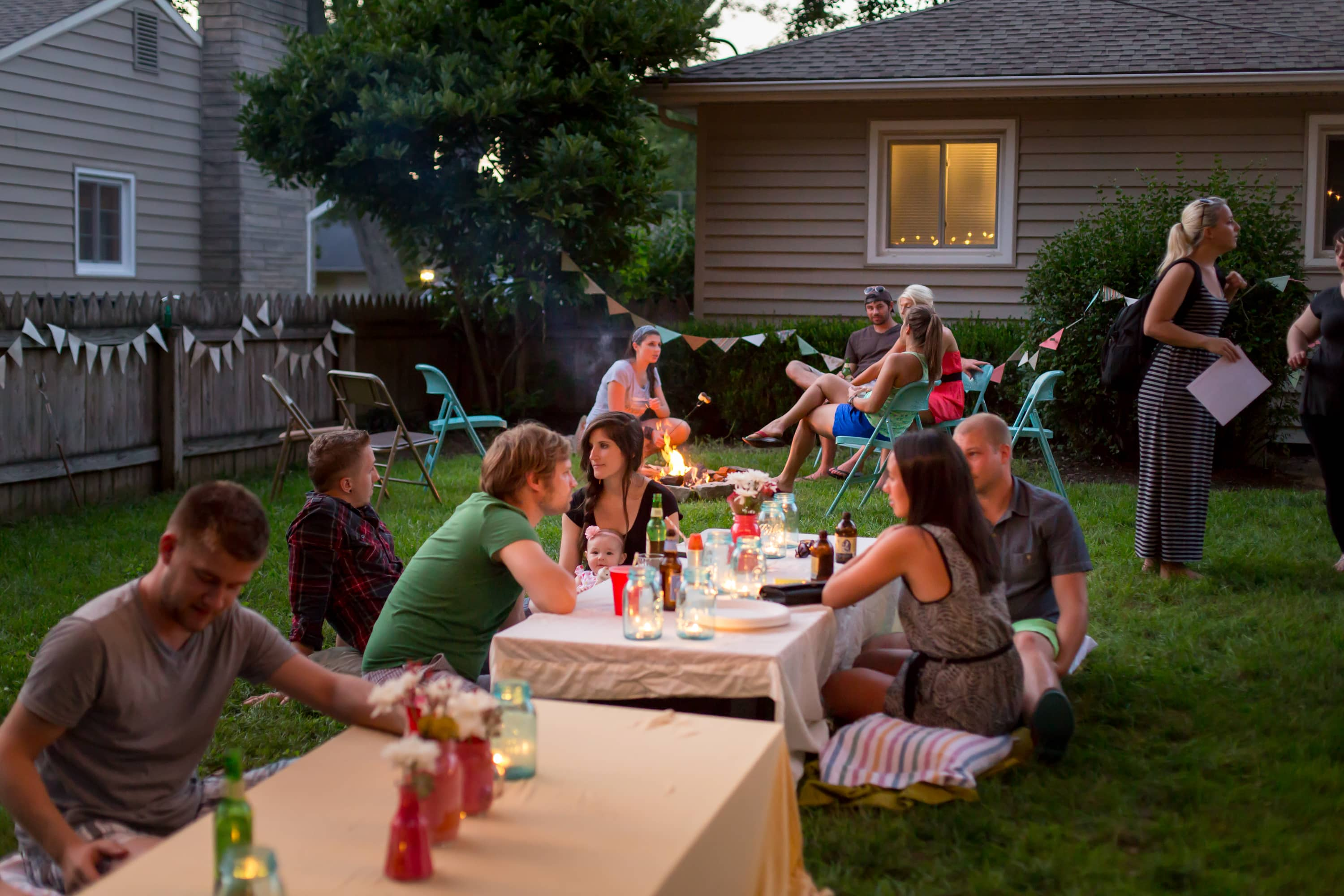 A Backyard S'mores Party: gallery image 33