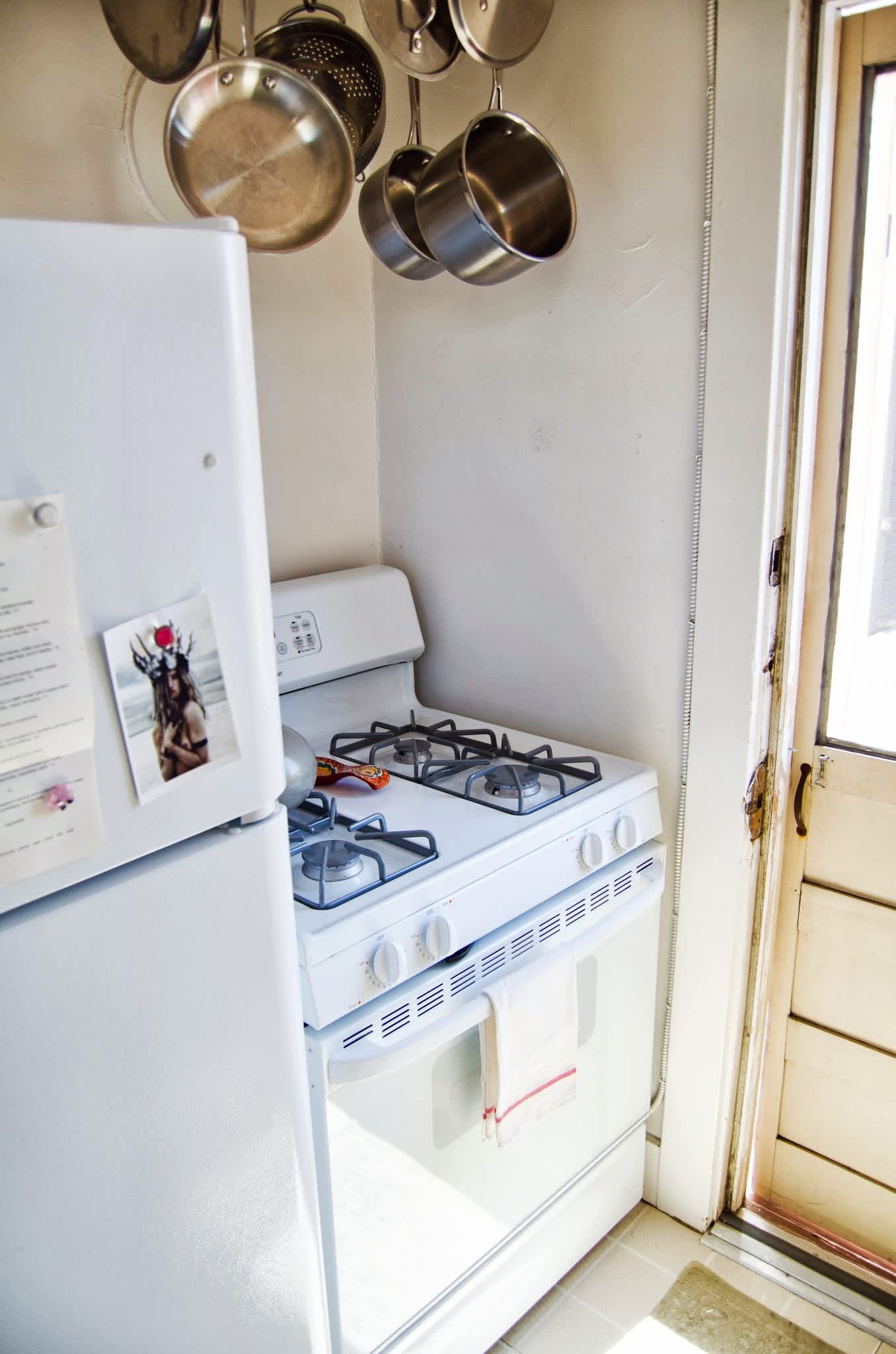 """Becca's """"Just Enough Space to Dabble"""" Oakland Kitchen: gallery image 8"""