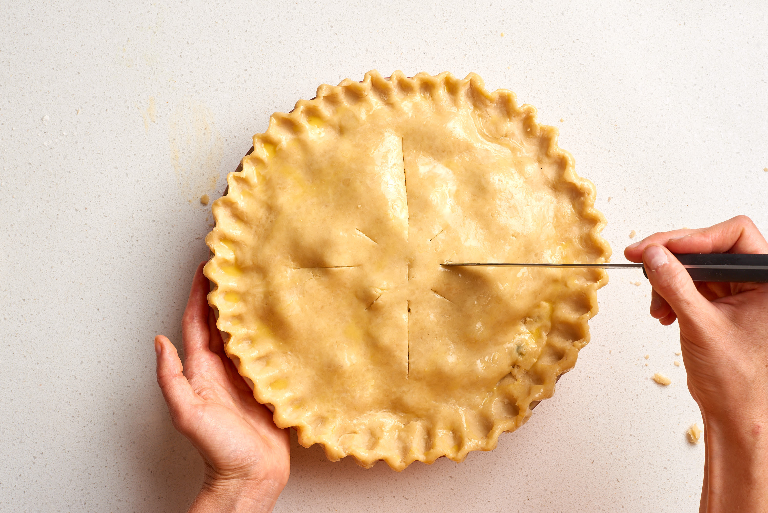 How To Make Flaky Pie Crust: gallery image 17