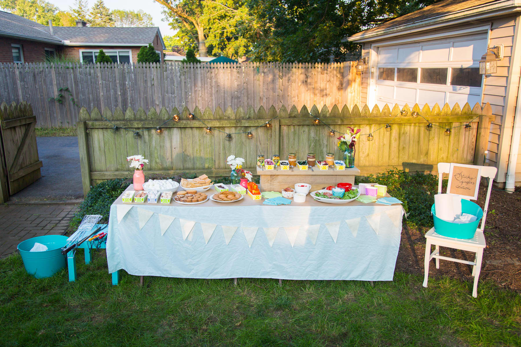 A Backyard S'mores Party: gallery image 14