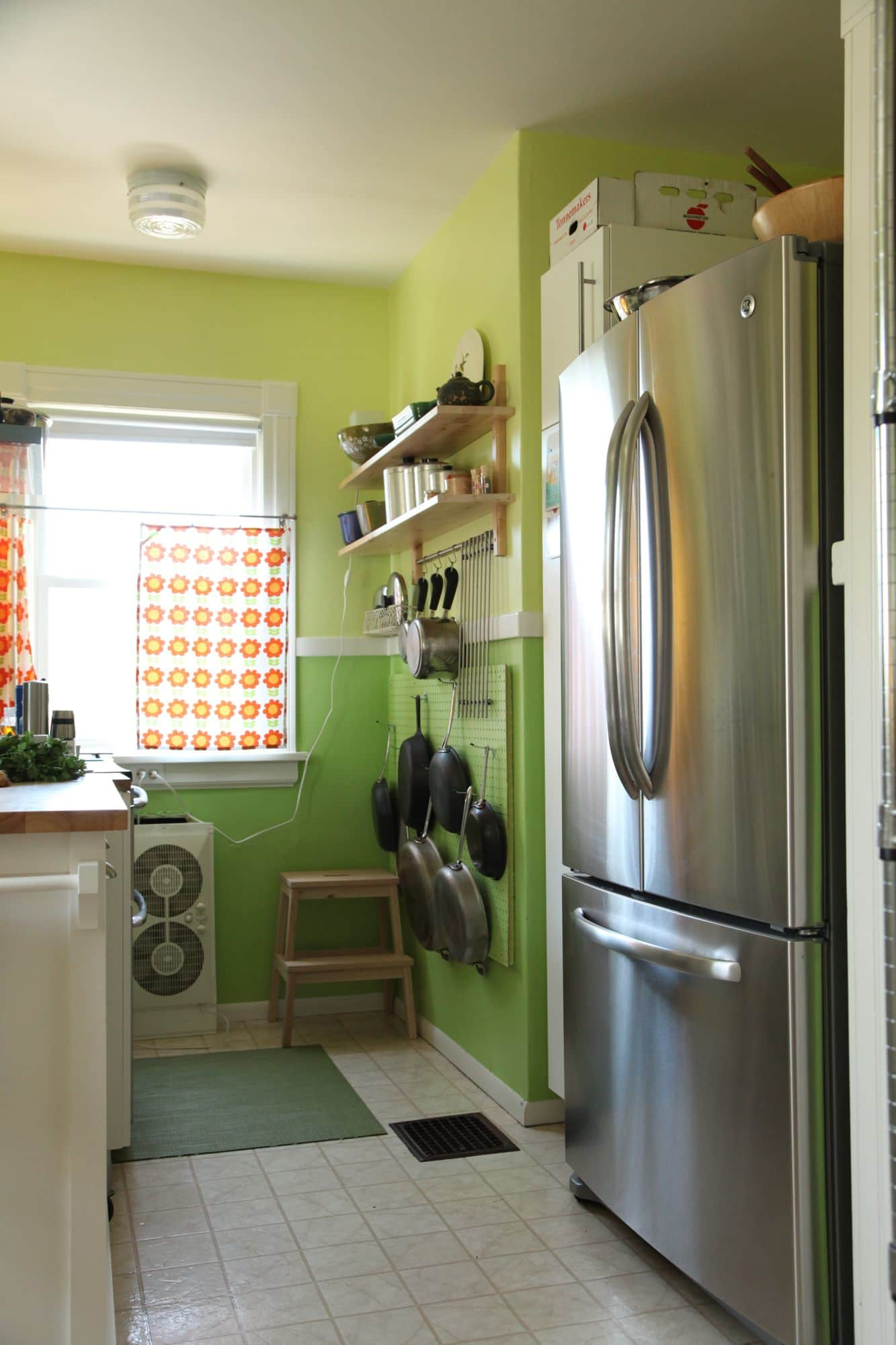 Mari & Adam's Colorful Craftsman Kitchen: gallery image 9