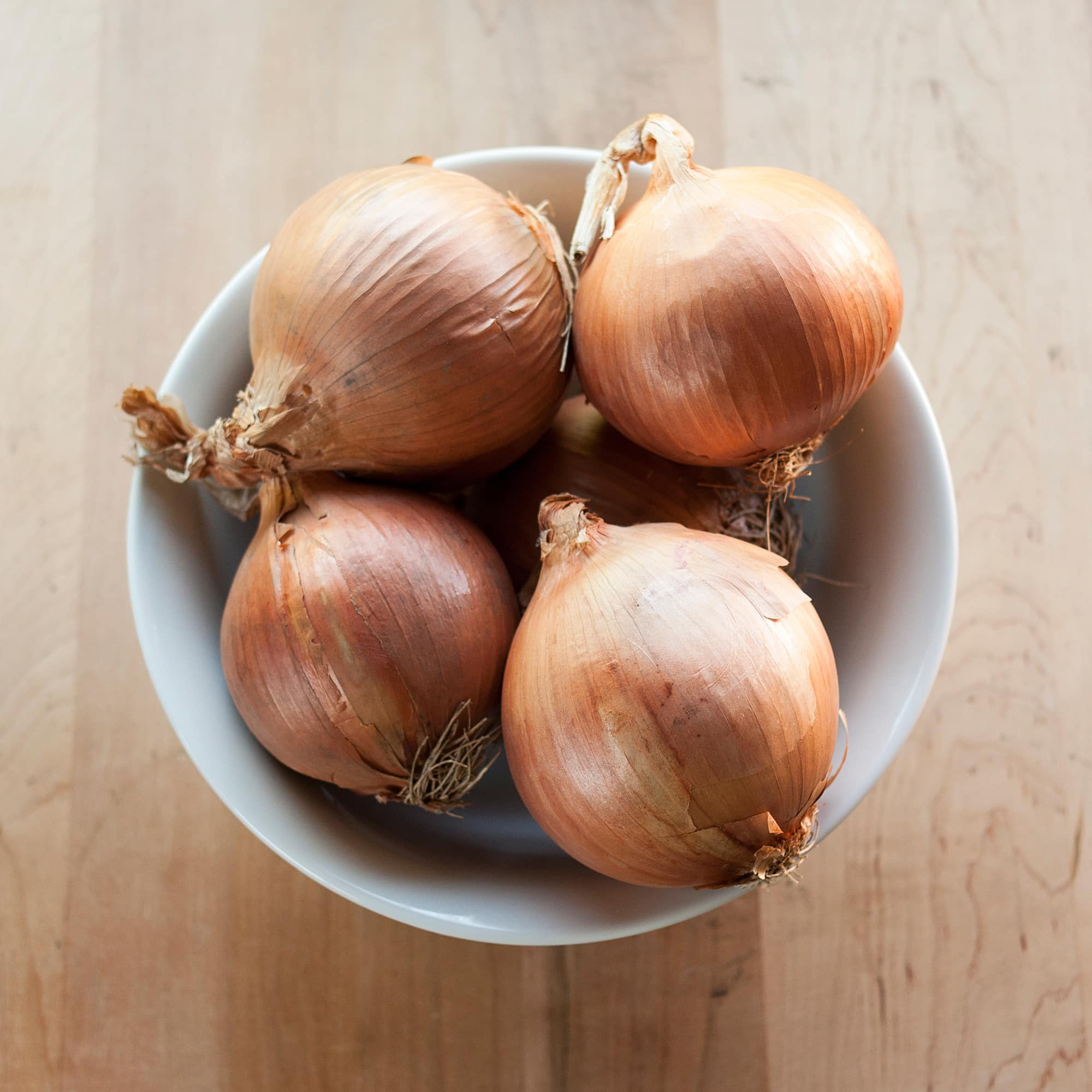 How To Make Caramelized Onions in a Slow Cooker: gallery image 2