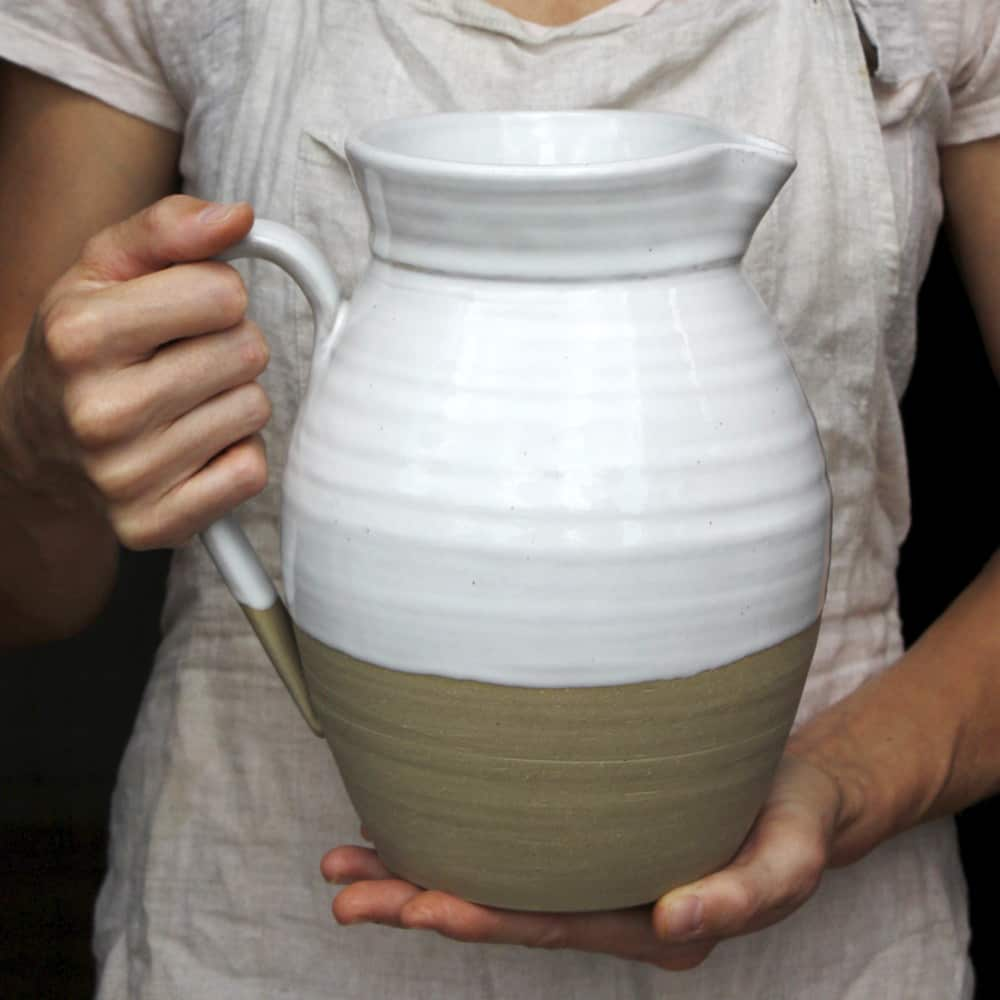 Farmhouse Pottery: Traditionally Crafted Tableware For a Modern Farm Aesthetic: gallery image 8