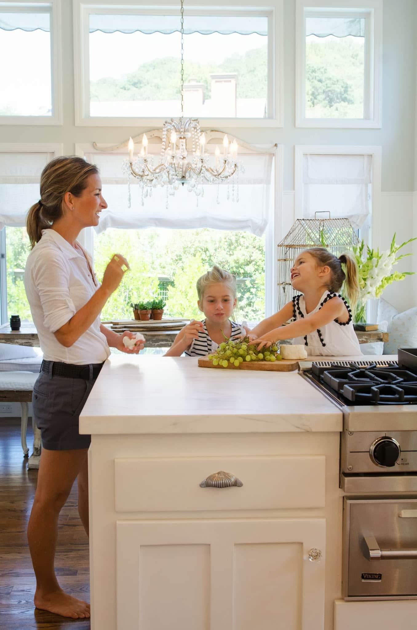 Shawna's Glamorous Custom Kitchen: gallery image 24