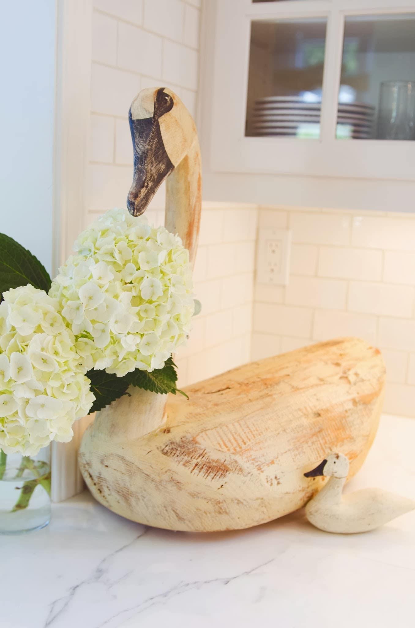 Shawna's Glamorous Custom Kitchen: gallery image 12
