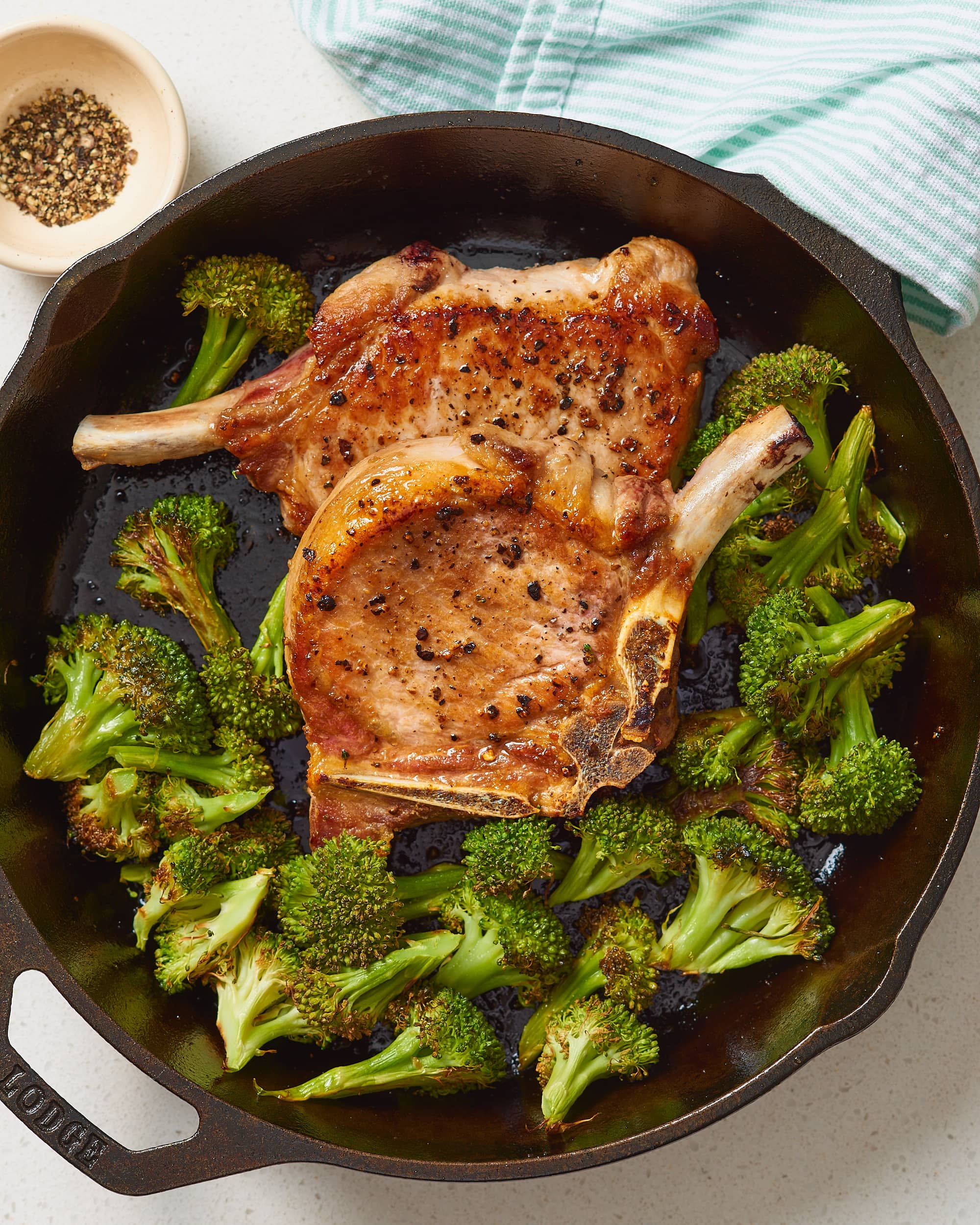 How To Cook Tender & Juicy Pork Chops in the Oven: gallery image 12