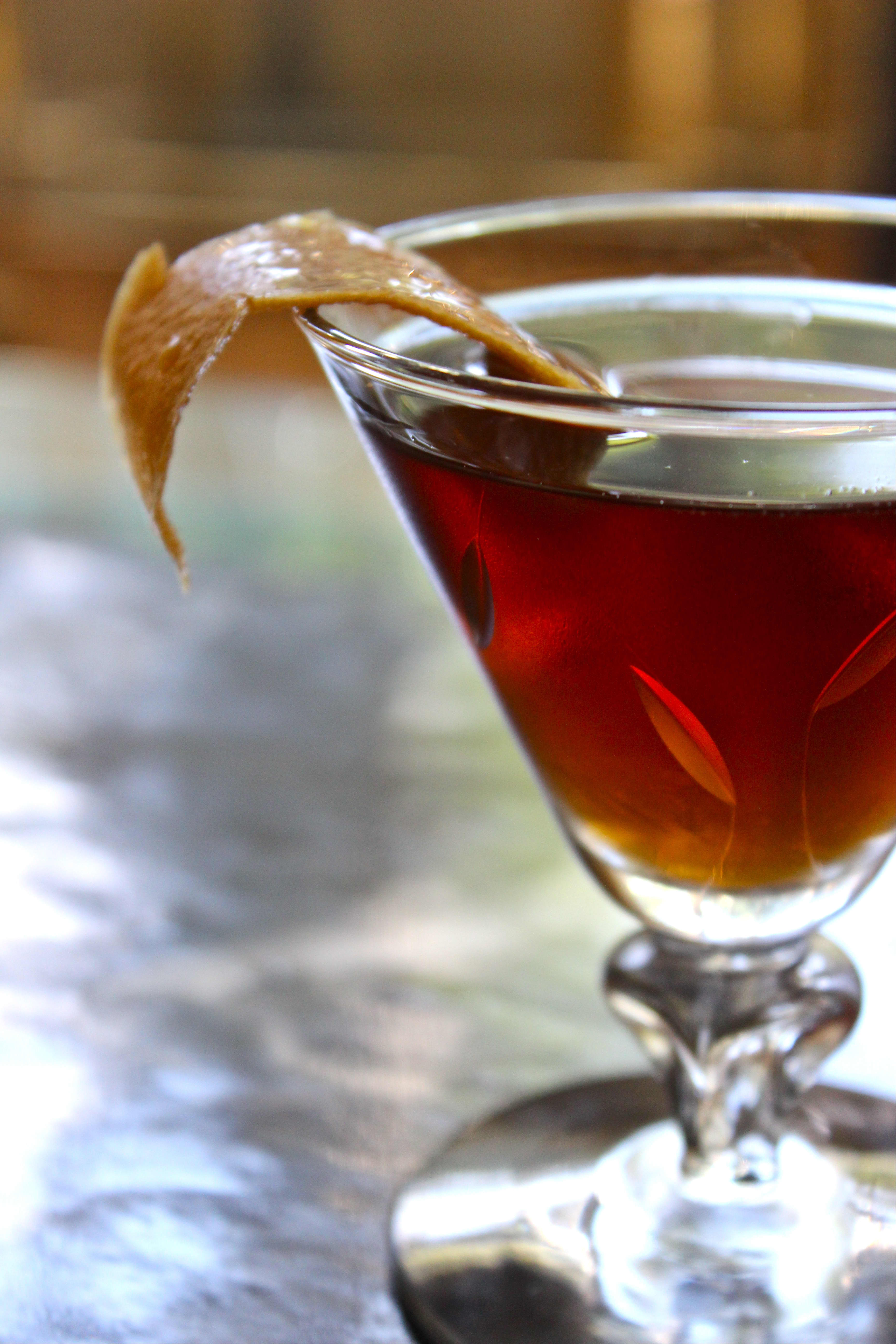 Perfect Fall Cocktail: Classic Rob Roy Recipe