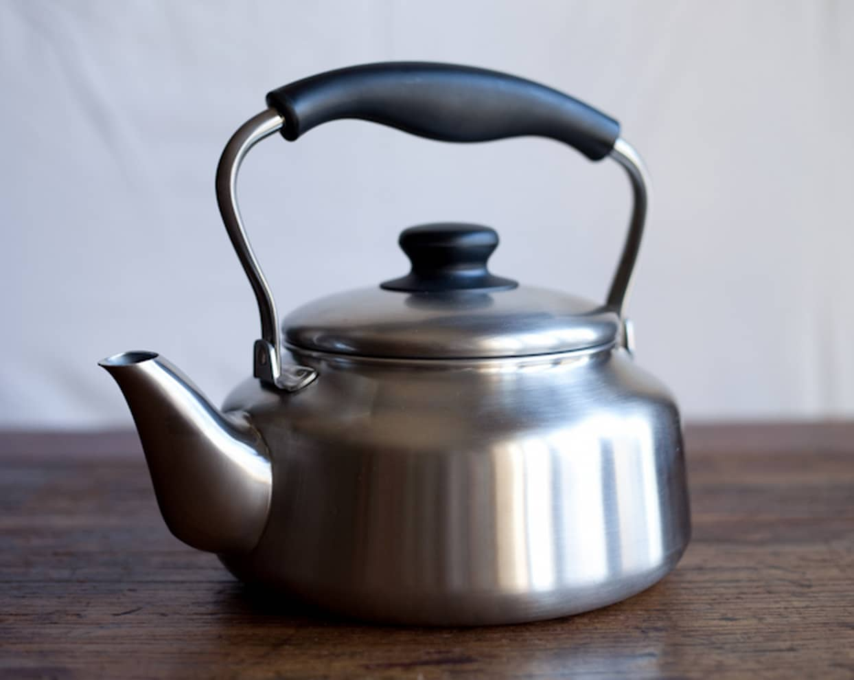 10 Timeless Tea Kettles: gallery image 1