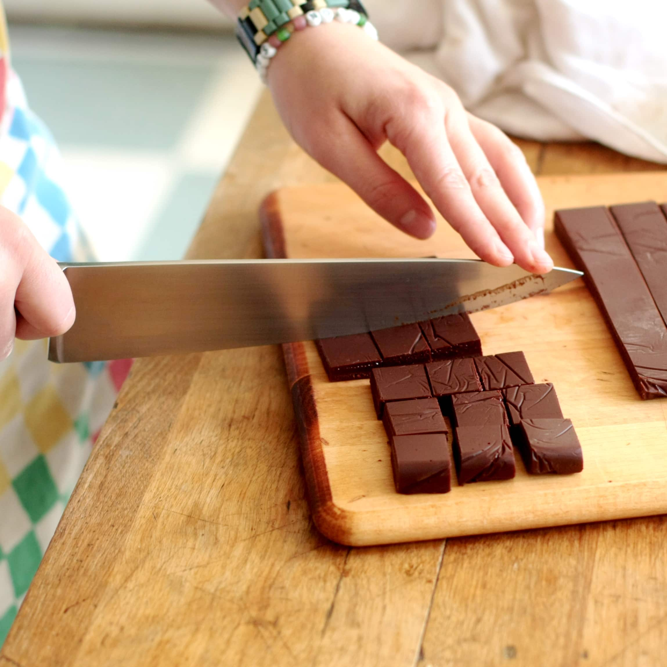 How To Make Hand-Dipped Chocolates: gallery image 3
