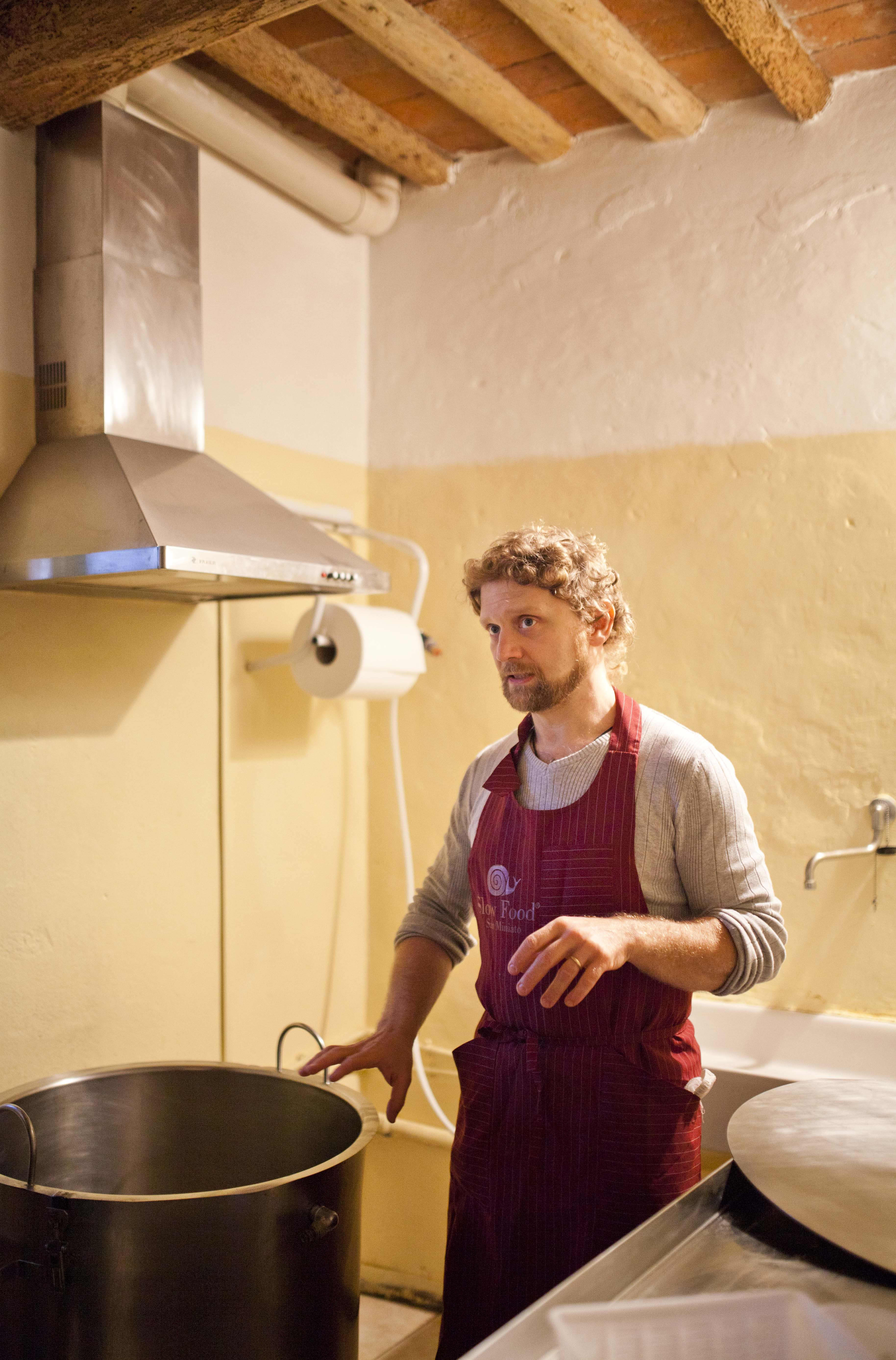 A Visit With a Cheesemaker in Tuscany: Francesco of I Due Falcetti: gallery image 13