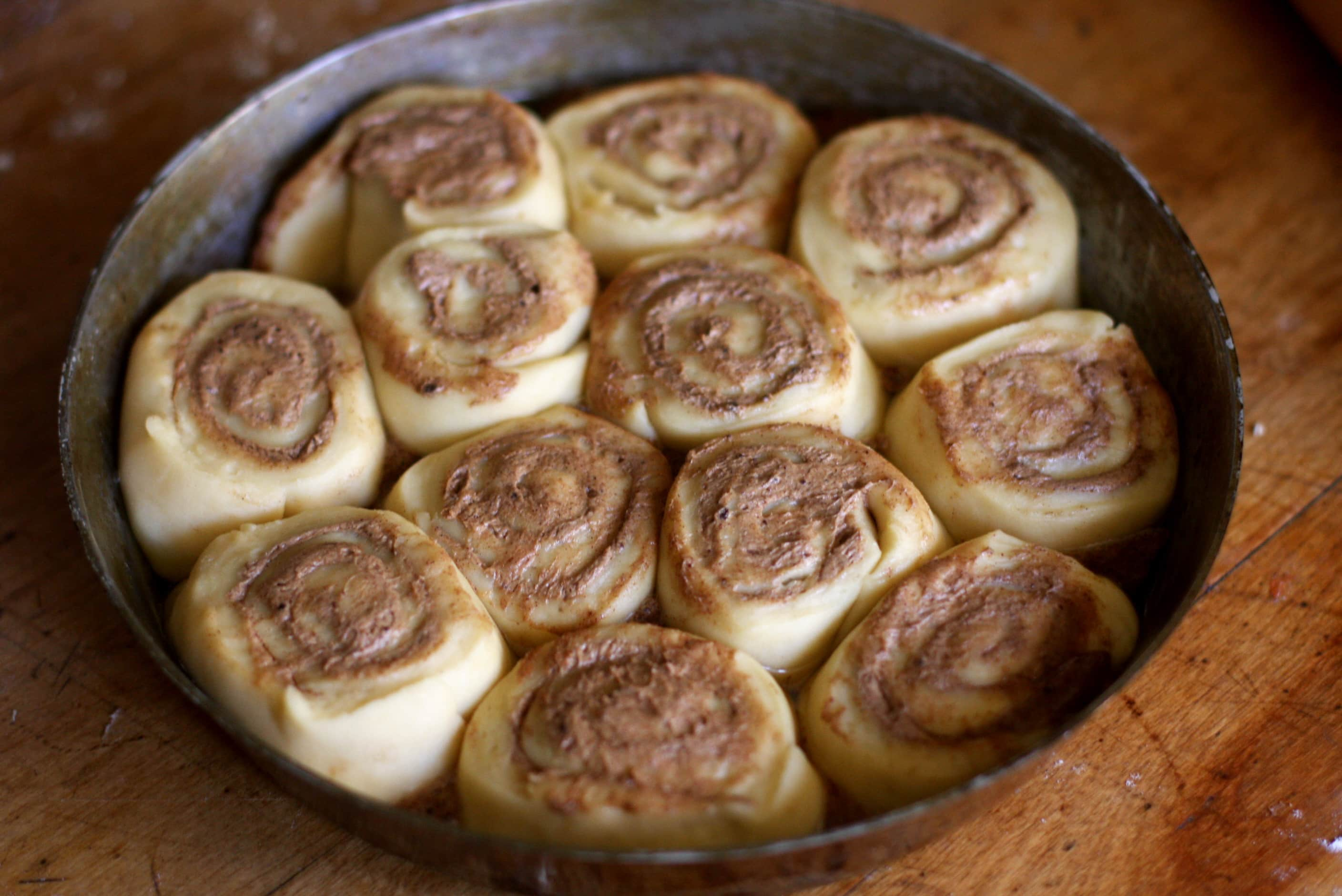 How To Freeze Cinnamon Rolls and Bake Them Later: gallery image 1