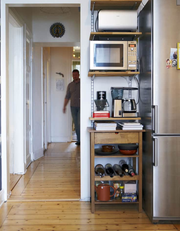 15 Small Space Kitchens, Tips, and Storage Solutions That Inspired Us: gallery image 13