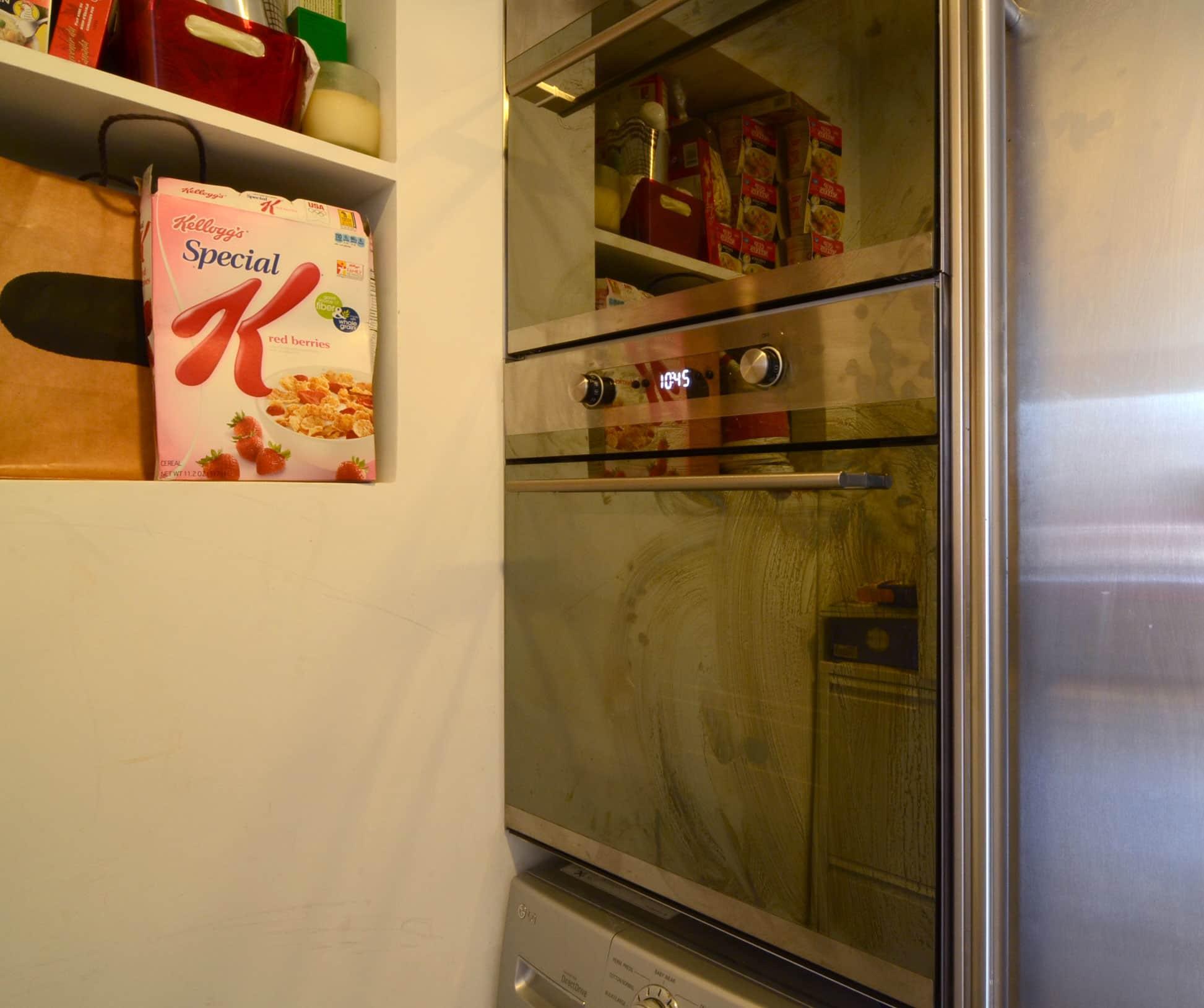 Cecilia's Sleek High-Design Kitchen: gallery image 14