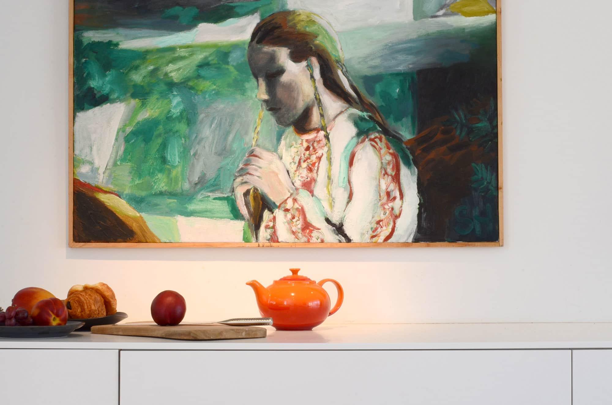 Cecilia's Sleek High-Design Kitchen: gallery image 9
