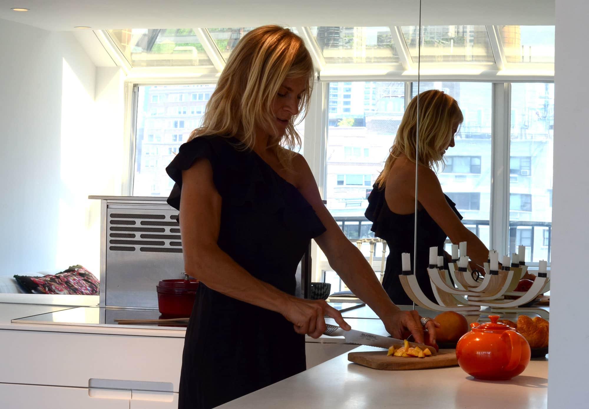 Cecilia's Sleek High-Design Kitchen: gallery image 7