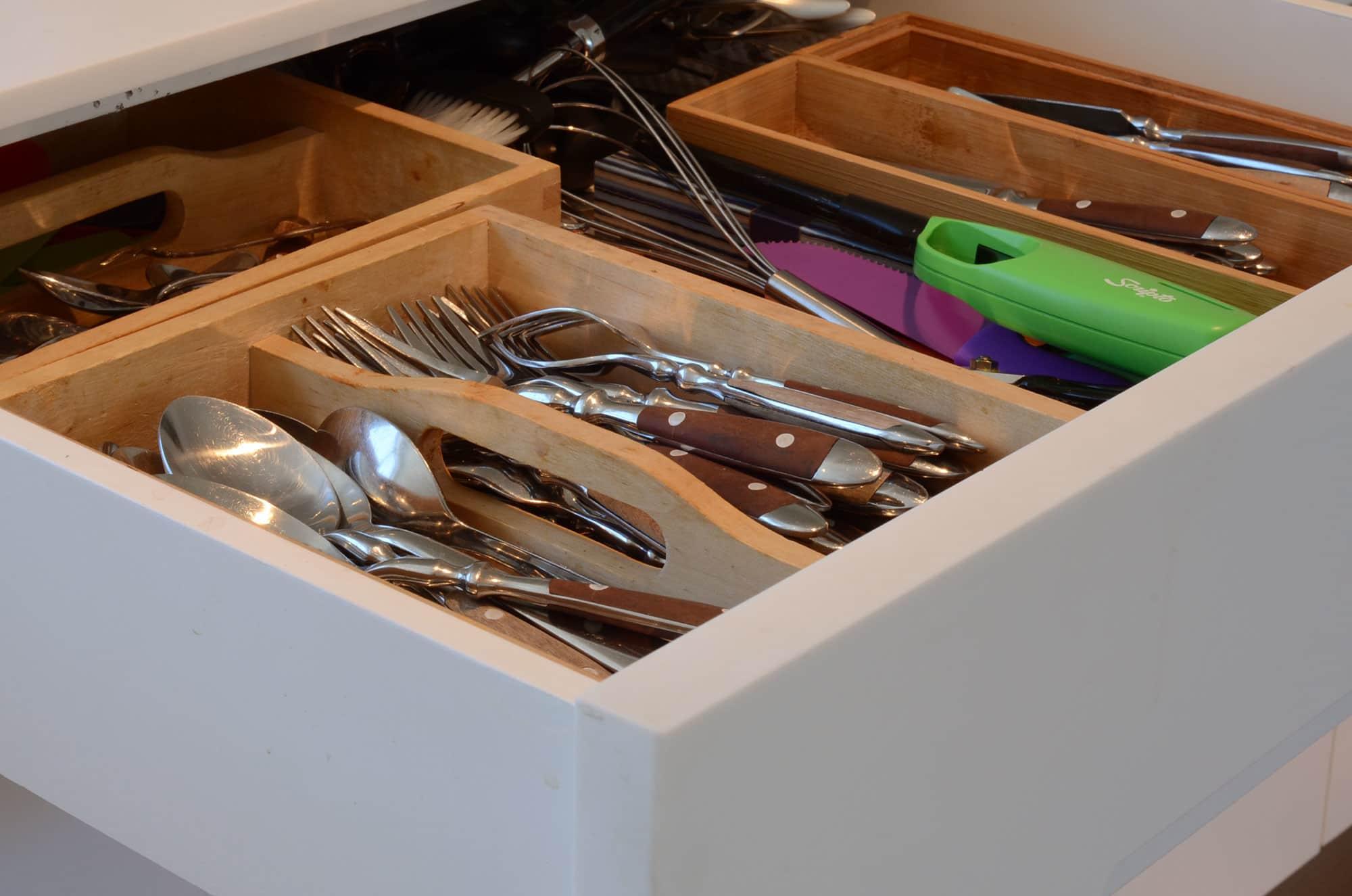 Cecilia's Sleek High-Design Kitchen: gallery image 12