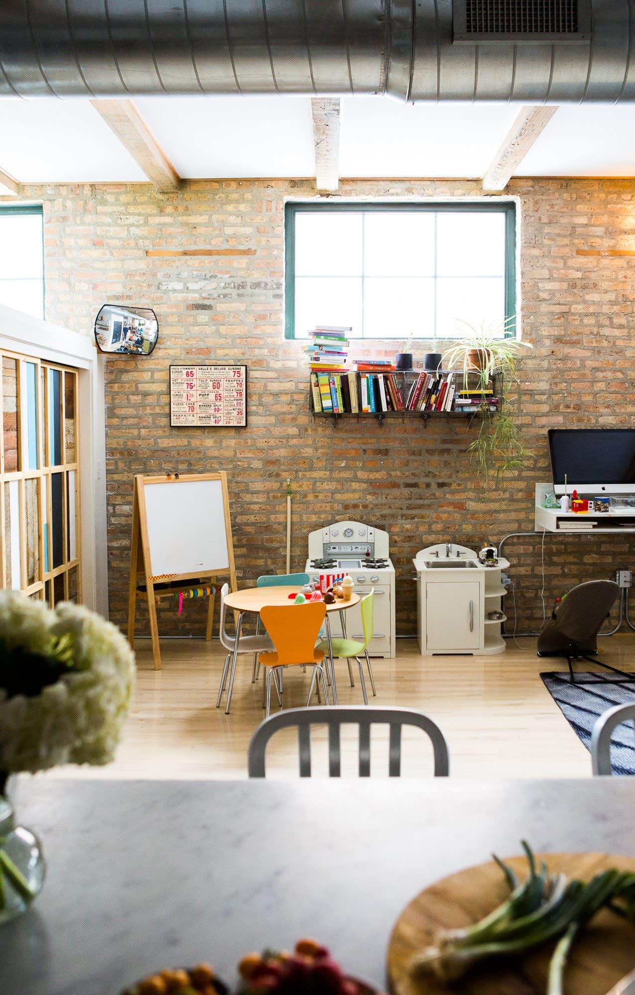 Ellen & Greg's Renovated Loft Kitchen: gallery image 14