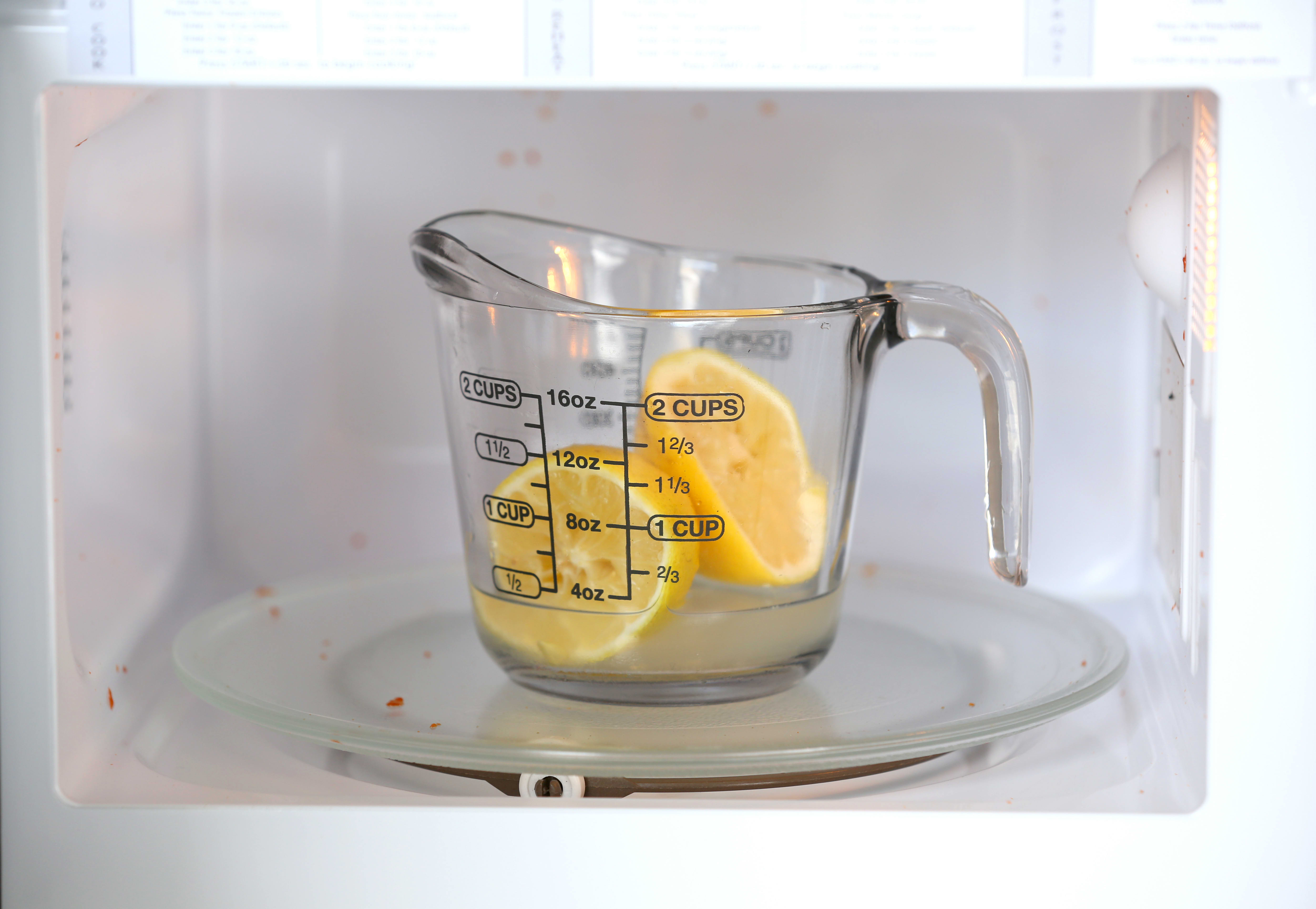 How To Clean Your Microwave Naturally with Just a Lemon: gallery image 3