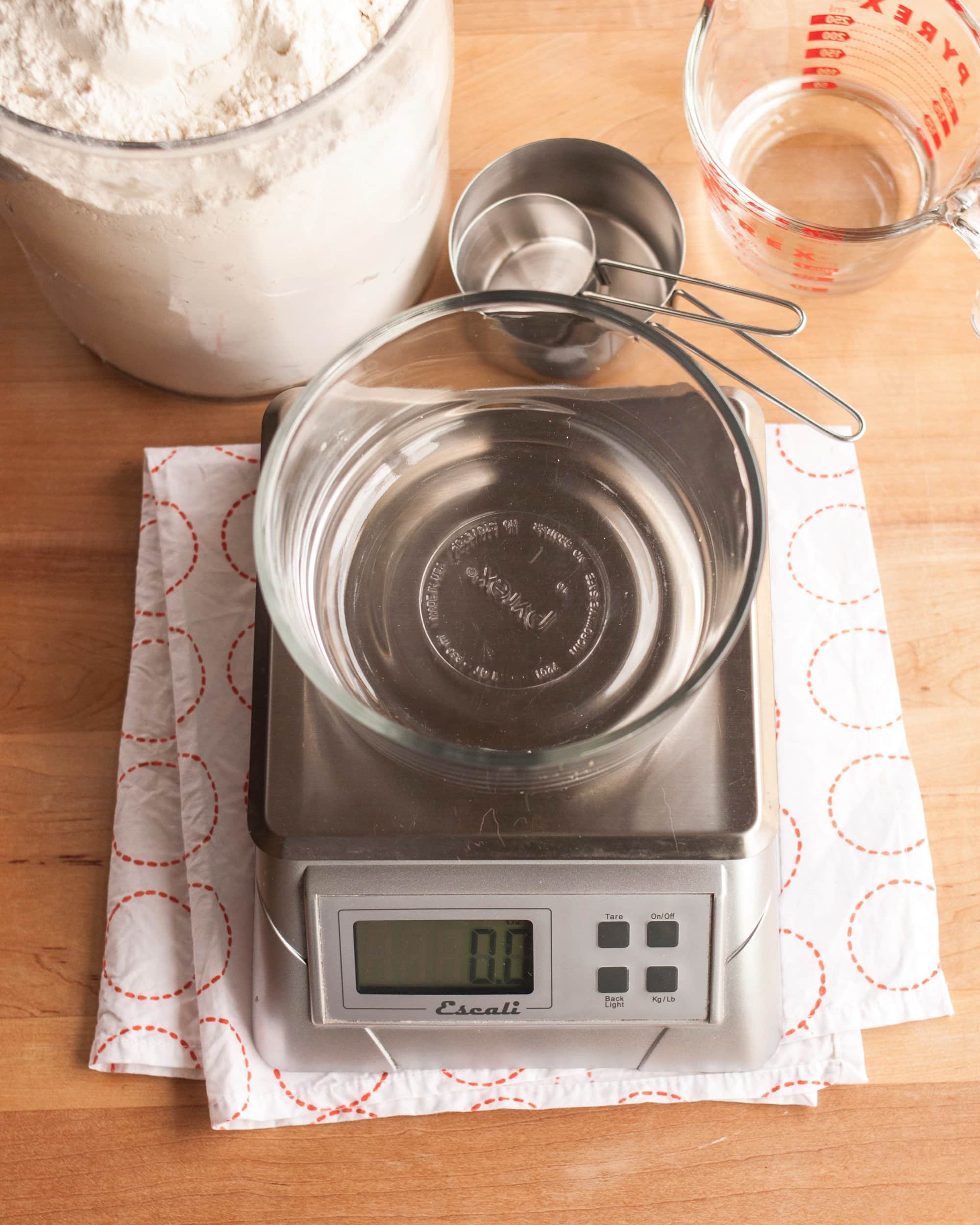 How To Make Sourdough Starter from Scratch: gallery image 1