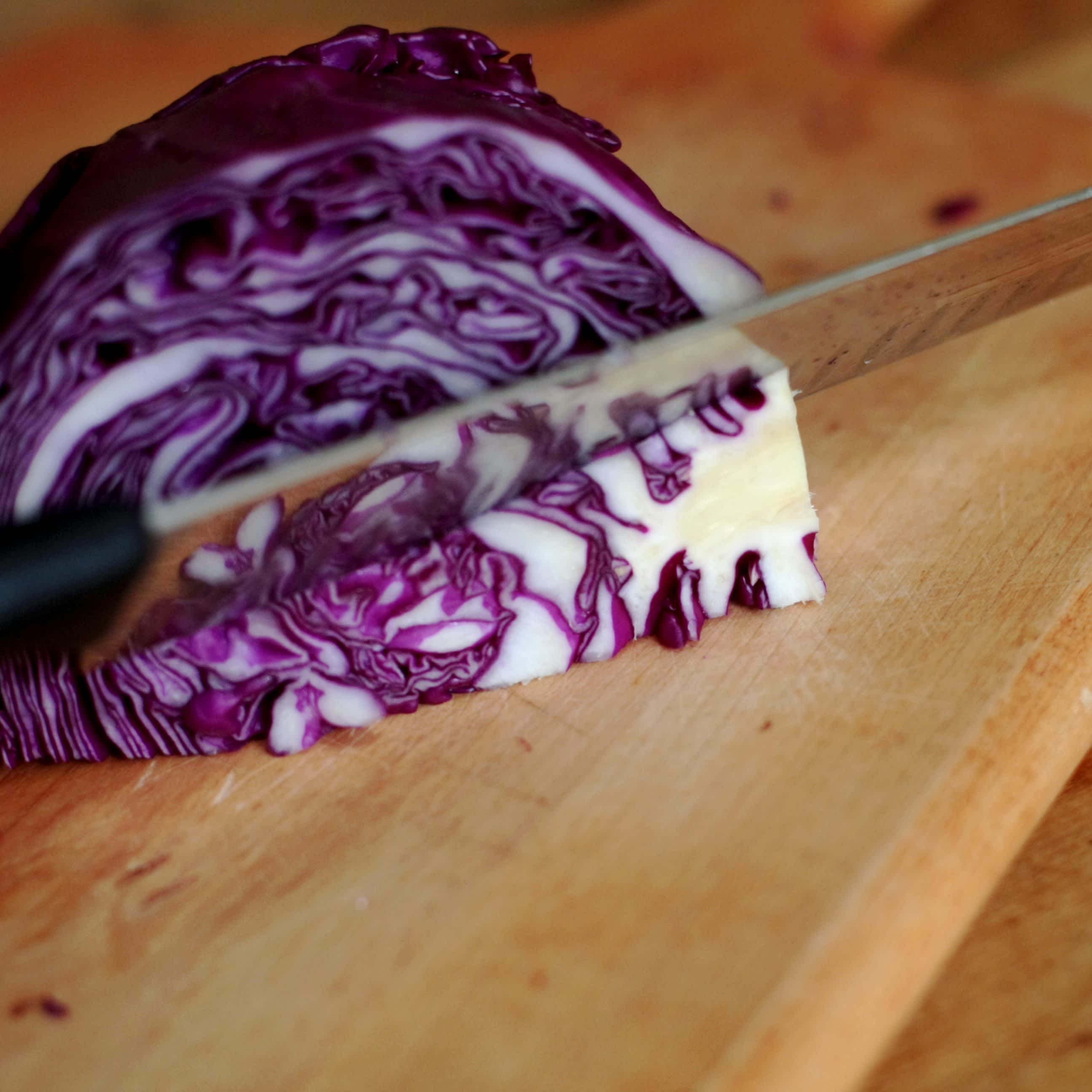 How To Shred Cabbage: gallery image 4