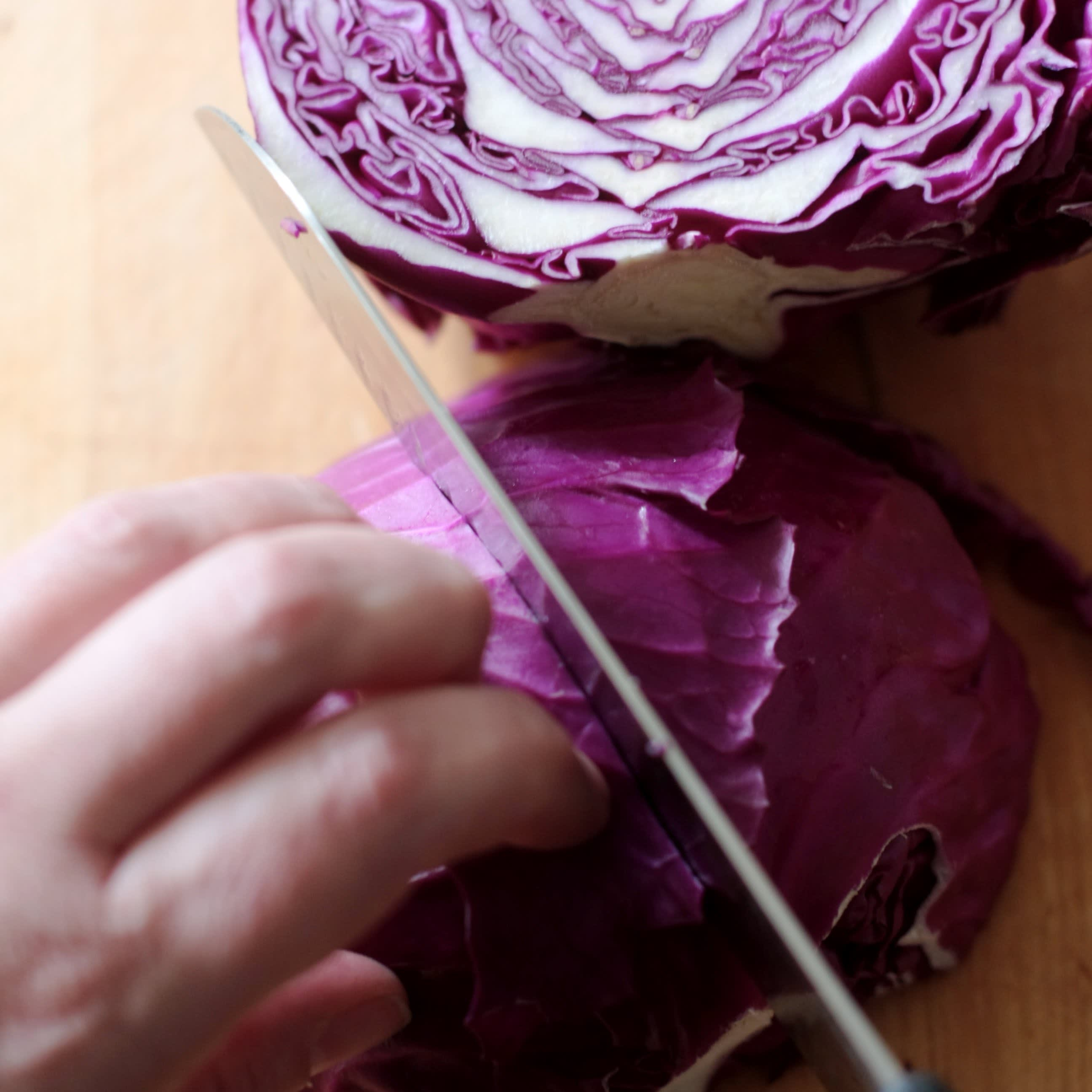 How To Shred Cabbage: gallery image 3