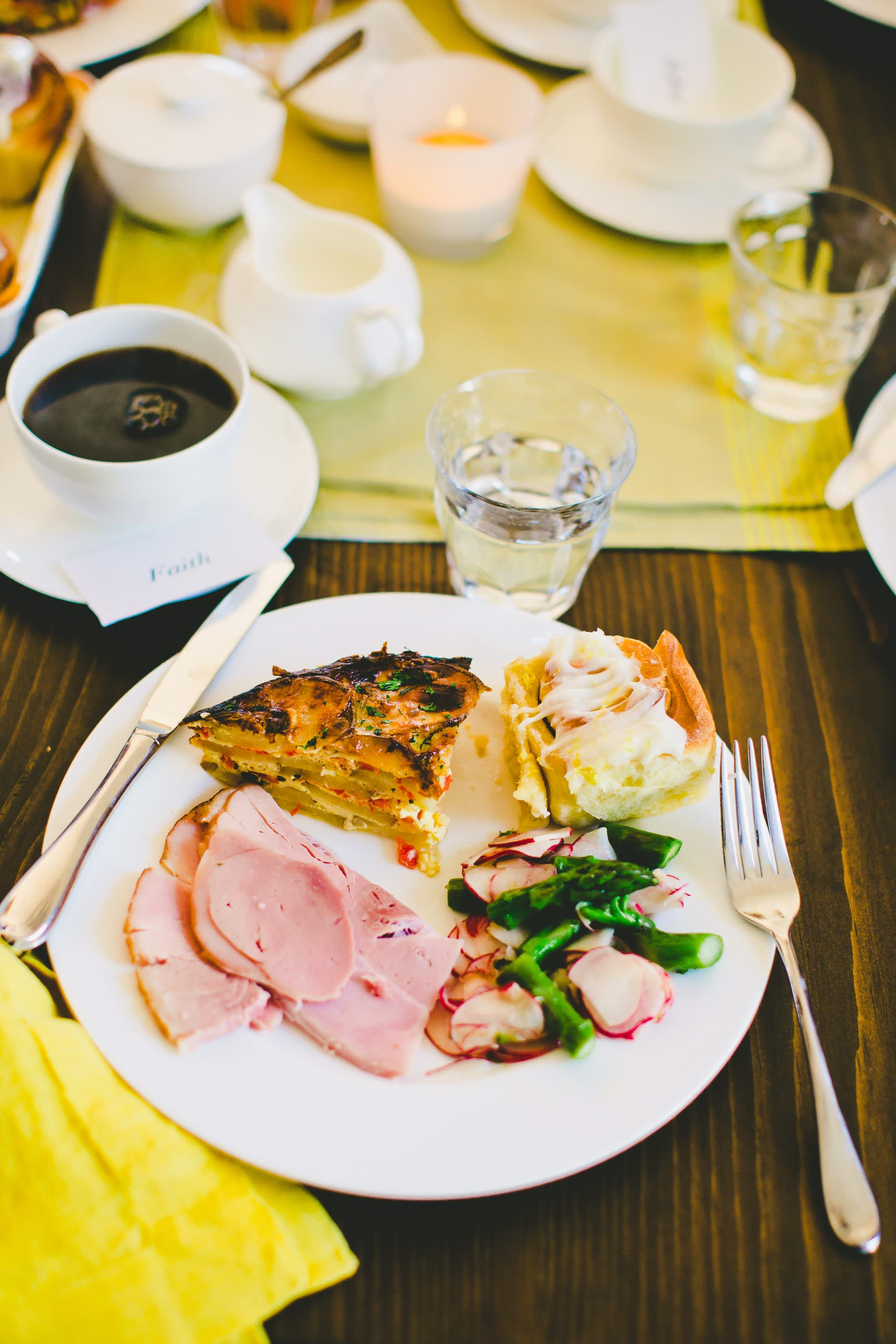 A Bright & Colorful Mother's Day Brunch: gallery image 39