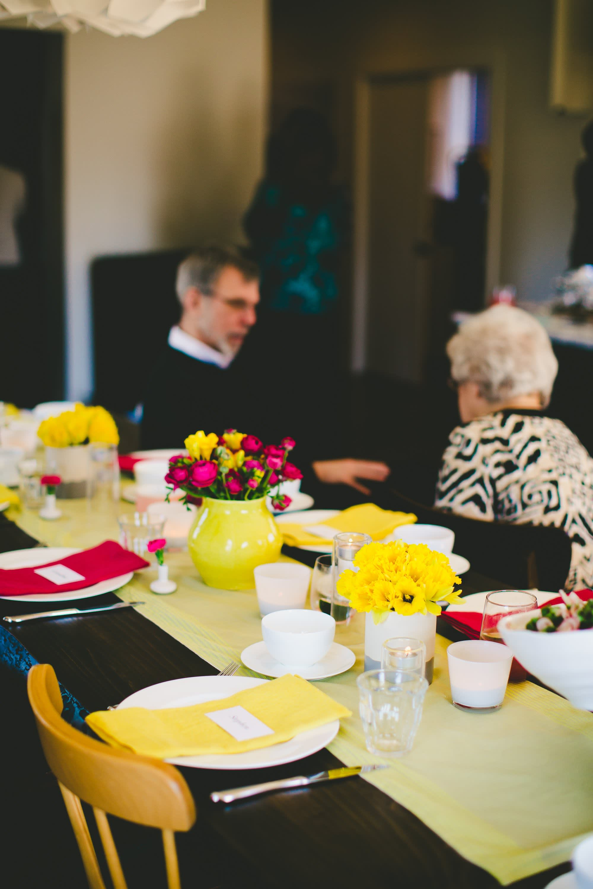 A Bright & Colorful Mother's Day Brunch: gallery image 27