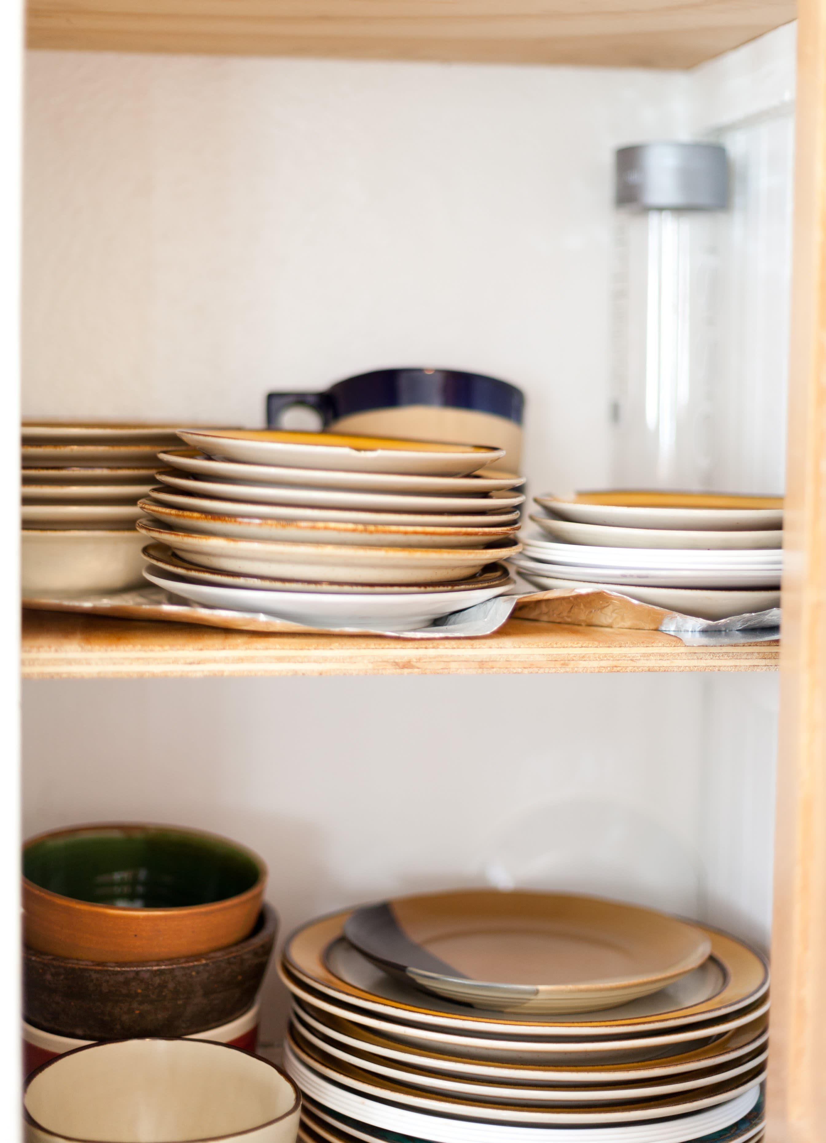 Where I Cook: Leather Craftsman Steven Soria's Rental Kitchen: gallery image 14