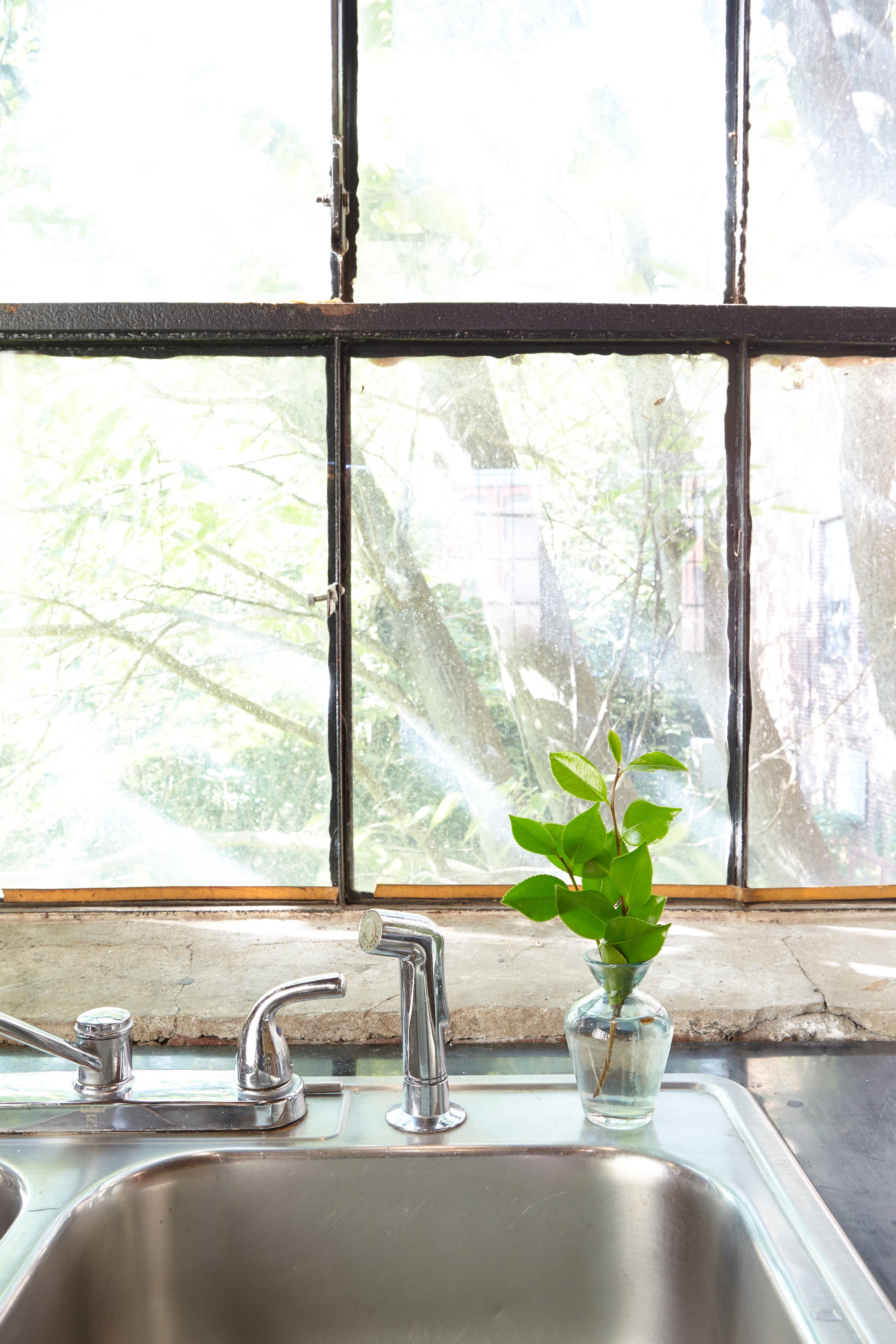 Julia's Open, Antique-Industrial Atlanta Kitchen: gallery image 10