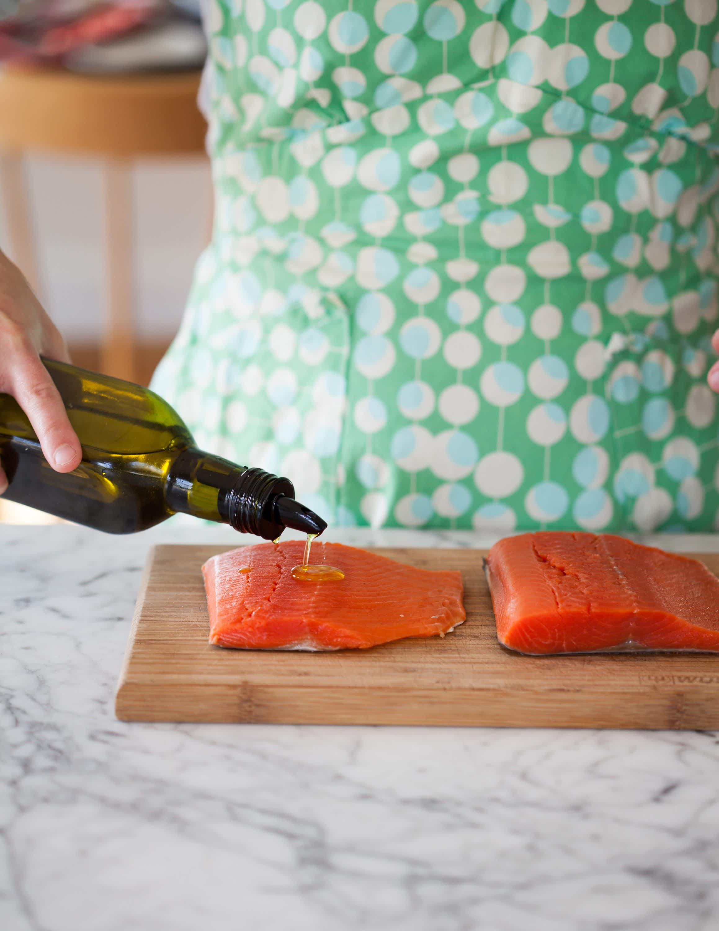 How To Cook Salmon in the Oven: gallery image 2