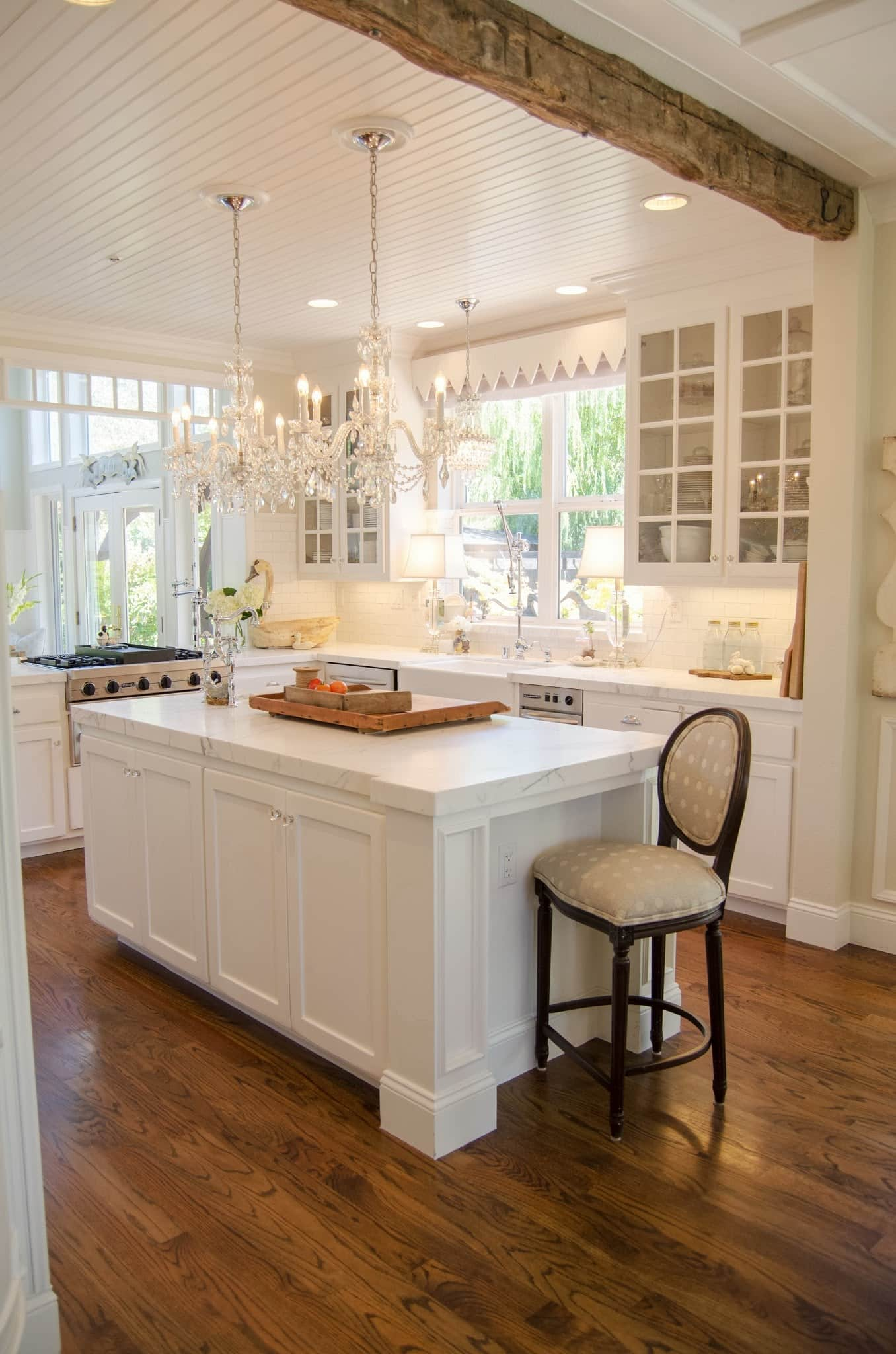 Hardwood Floors in the Kitchen? 10 Examples Prove They're Worth It: gallery image 8
