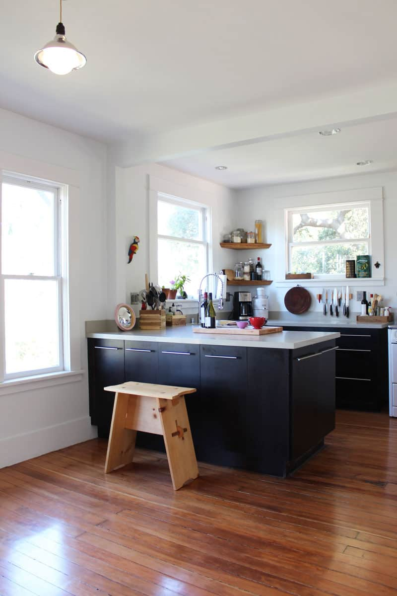 Hardwood Floors in the Kitchen? 10 Examples Prove They're Worth It: gallery image 5