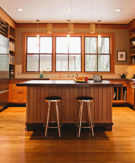 Hardwood Floors in the Kitchen? 10 Examples Prove They're Worth It: gallery image 6