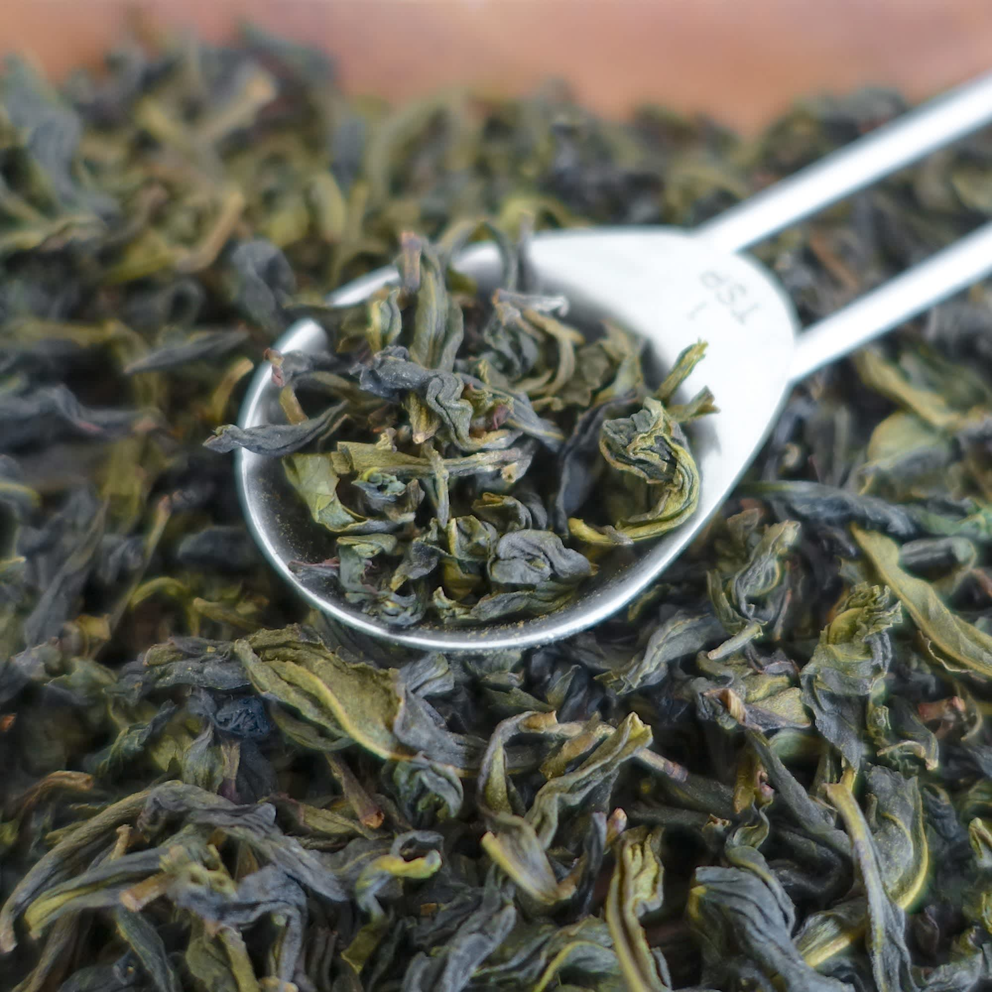 How To Brew Oolong Tea: gallery image 3