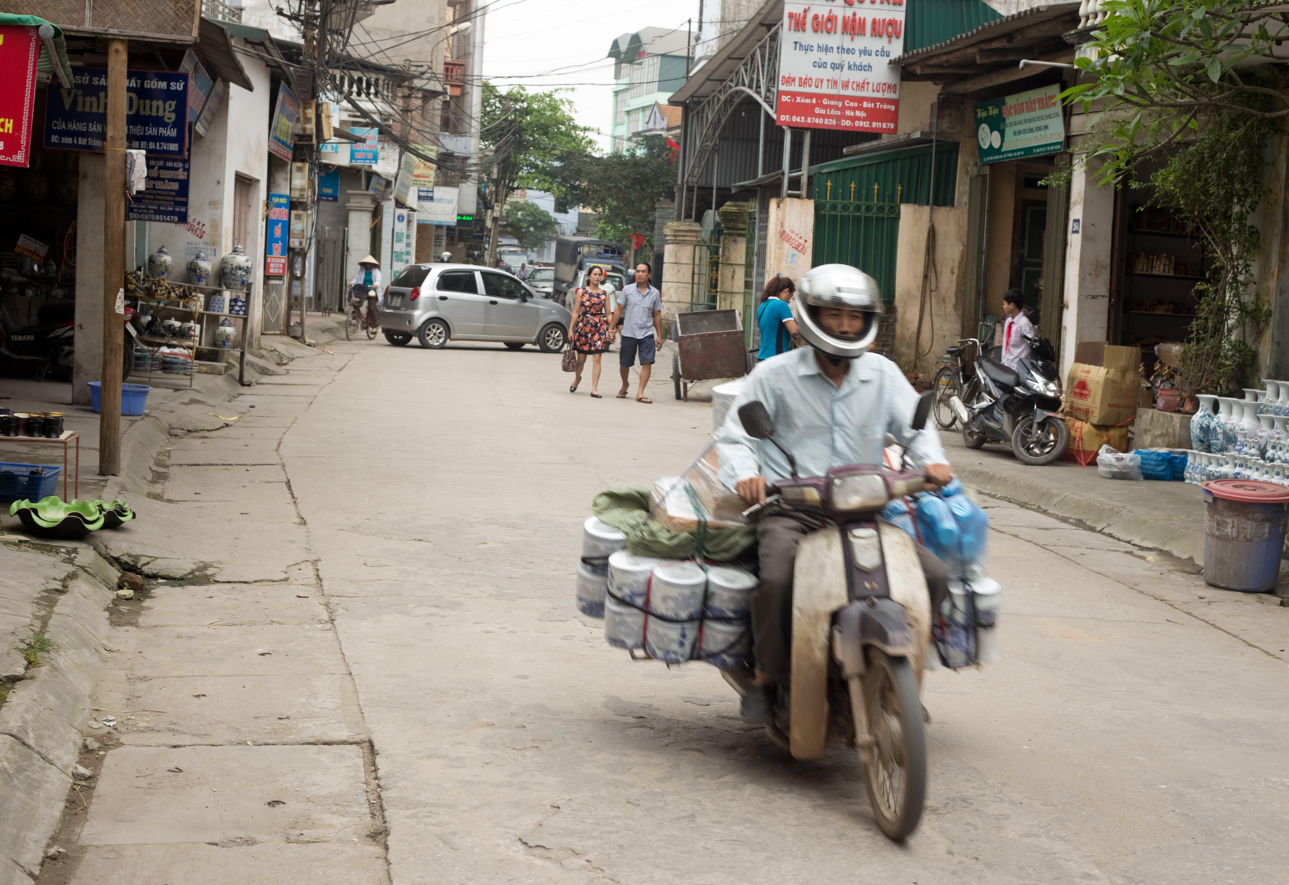 Visit the Ancient Village of Bat Trang, Vietnam, Where Everyone Makes Pottery: gallery image 9