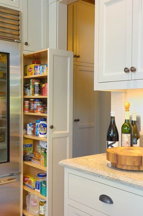 10 Inspiring Small-Space Pantries: gallery image 10